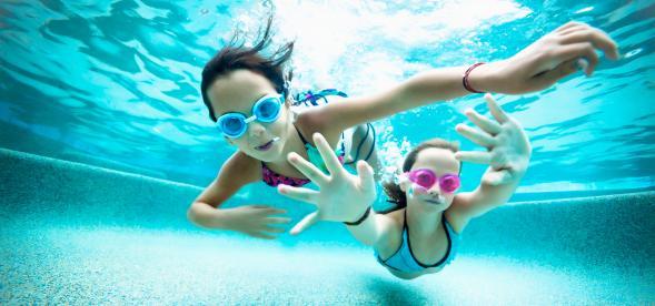 plivanje je odlično sredstvo za pravilan rast i razvoj svakog deteta a naročito u senzitivnim periodima.