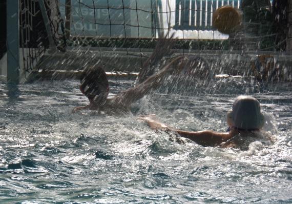 Škola Vaterpola Swim Way Banjica vrsi upis decaka i devojcica tokom cele godine.