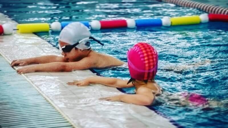 Cena škole plivanja